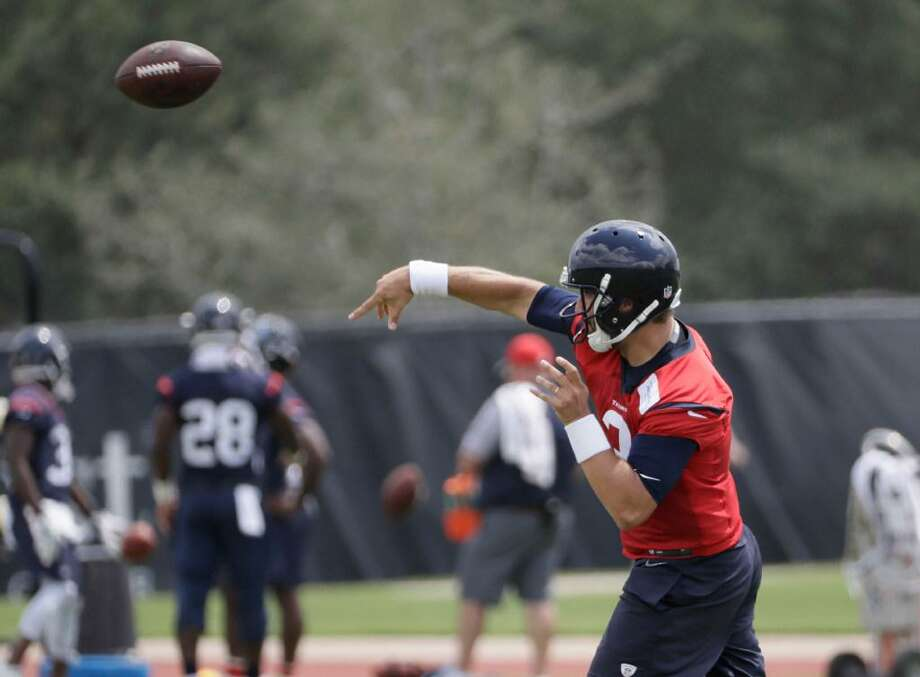 Houston Texans quarterback Tom Savage (3) throws during an NFL organized team activities football practice Tuesday, June 6, 2017, in Houston. Photo: David J. Phillip /AP Photo
