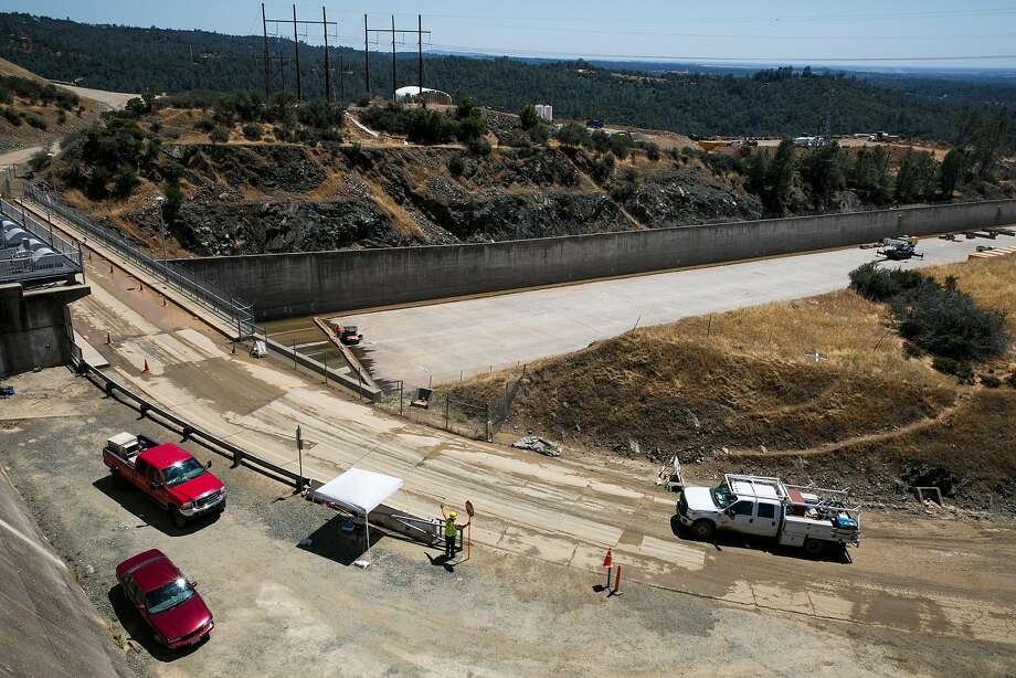 Reconstruction continues on the upper chute of the main spillway at the Oroville Dam in Oroville, Calif. Photo: Mason Trinca, Special To The Chronicle
