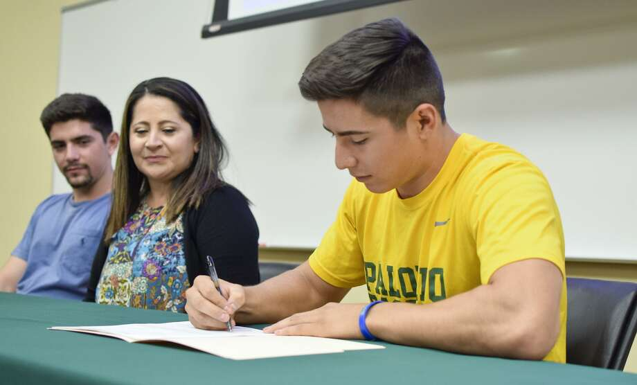 Laredo Community College's Nick Galaviz signed his national letter of intent to continue his baseball career at St. Mary's in San Antonio. Photo: Ulysses S. Romero /Laredo Morning Times / Laredo Morning Times