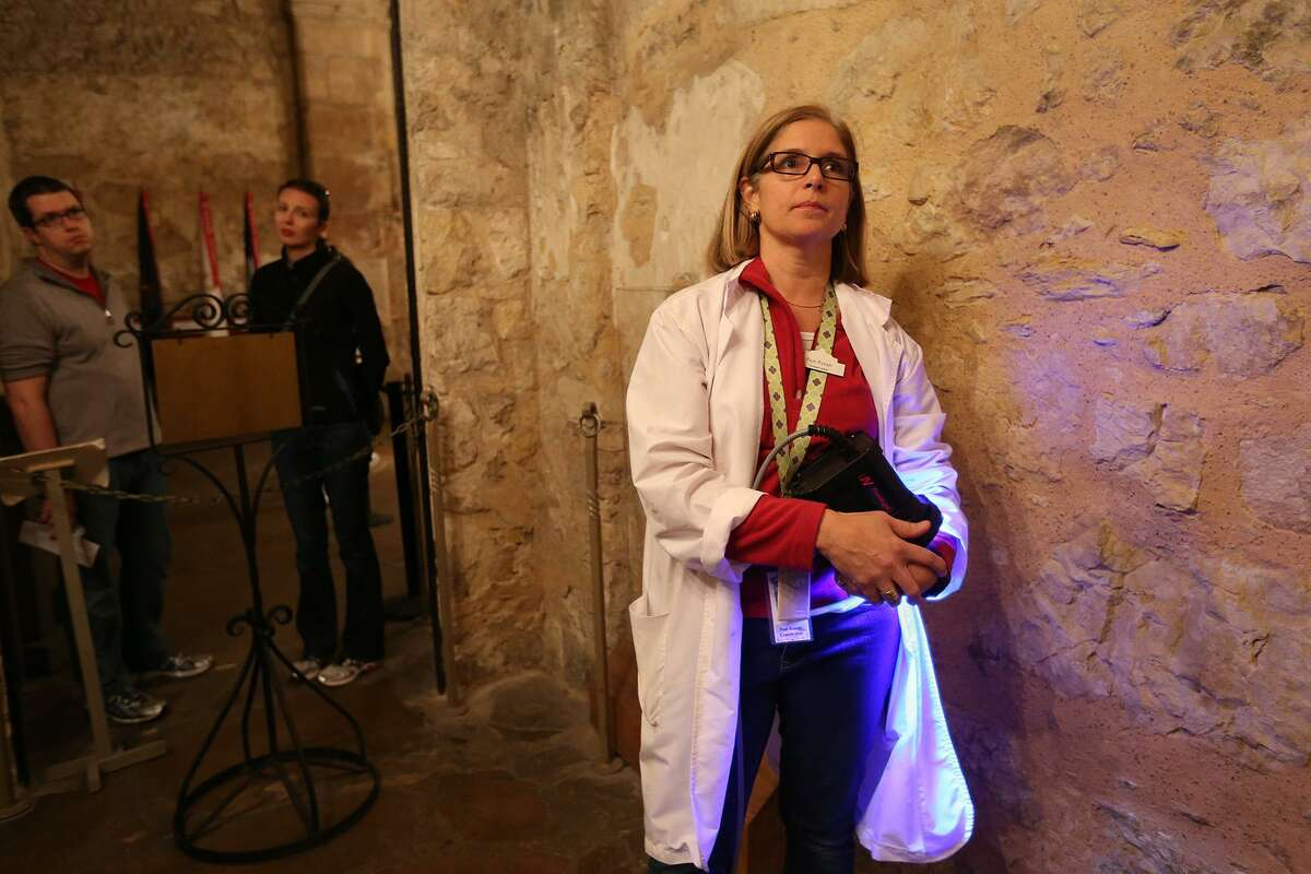 Pam Rosser, the Alamo's on-site conservator and a court-approved special master of the time capsule that was part of the Confederate monument, told a judge Wednesday she could only see fragments of items inside the capsule through a six-inch hole. The monument and the capsule are the subject of a lawsuit filed against the city about their removal in 2017. The United Daughters of the Confederacy put up the statue and buried the time capsule in 1899.