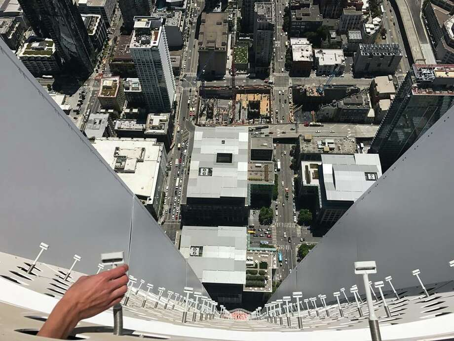 John King said there was no wind on top of the Salesforce Tower when he visited. Photo: John King