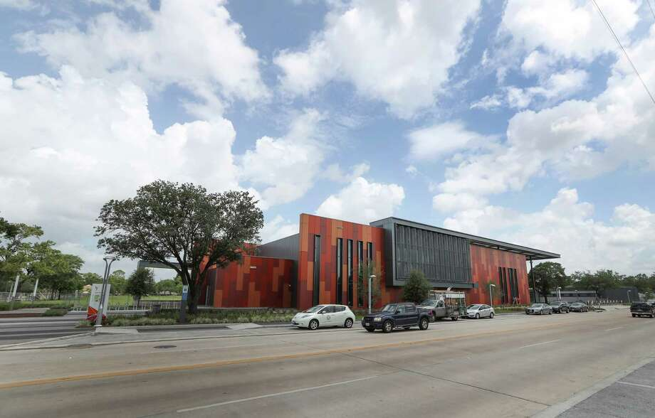 Emancipation Park's new, 16,000-square-foot fitness center creates a  dramatic focal point for the Third Ward. Photo: Steve Gonzales, Staff / © 2017 Houston Chronicle