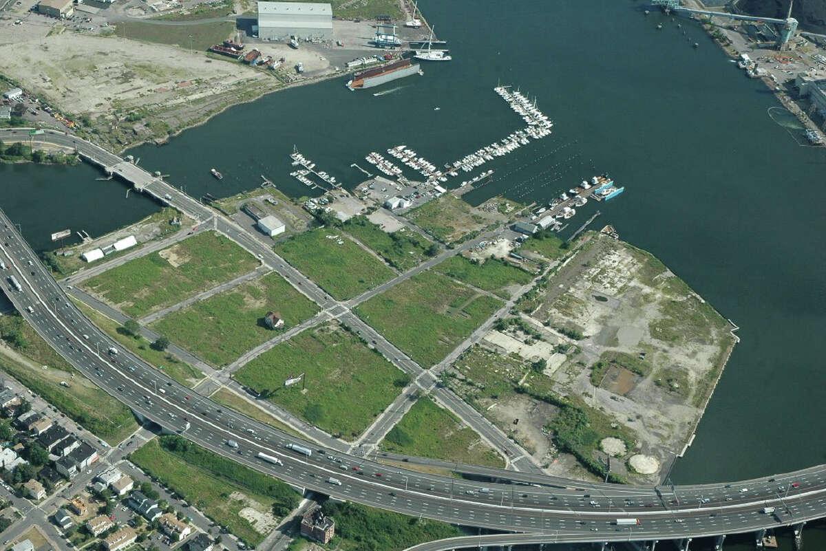 Morgan Kaolian AEROPIX 9/29/06 --Bridgeport's Steel Point.
