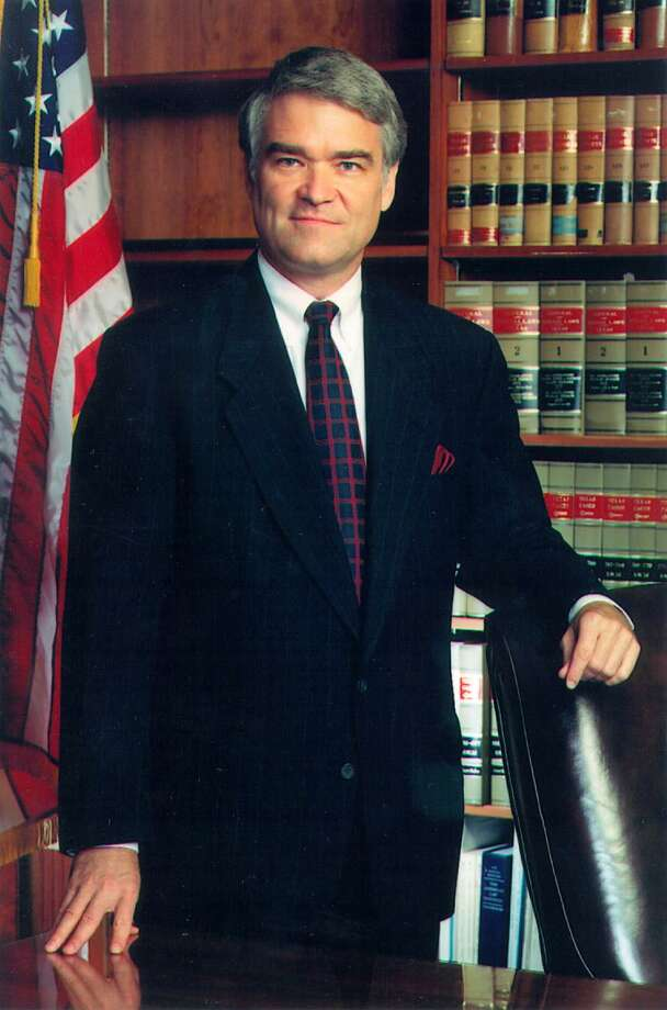 State Supreme Court Justice Nathan Hecht has advocated non-partisan elections for judges and judges by merit appointment. These are worthy ideas, another was just passed by the Legislature — the end of straight-party voting. Photo: /COURTESY PHOTO