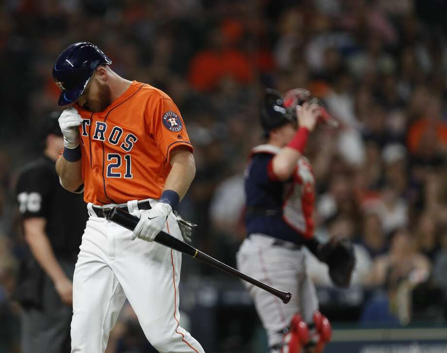 Houston Astros left fielder Derek Fisher (21) reacts after striking out during the third inning of an MLB game at Minute Maid Park, Friday, June, 16, 2017.   ( Karen Warren / Houston Chronicle ) Photo: Karen Warren/Houston Chronicle