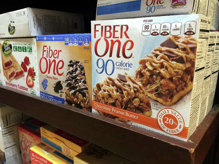 The labeling rule could change what ingredients products like Fiber One can count as dietary fiber. Photo: Candice Choi, STF / AP