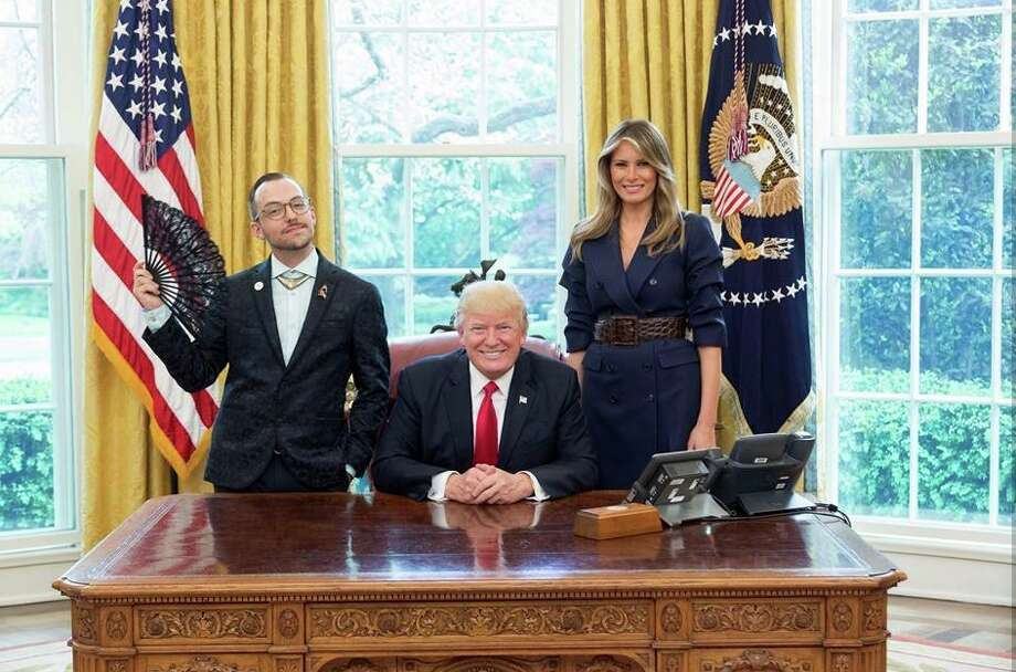 When Nikos Giannopoulos, Rhode Island's 2017 Teacher of the Year, met the 45th President of the United States, the results went viral. Photo: TRUMP 24/7‏  @MichaelDelauzon Via Twitter