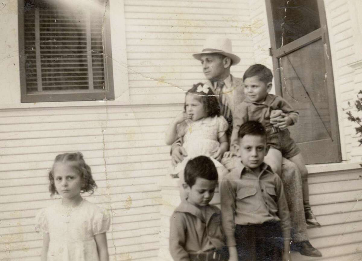Charlie Satel with his five children: Careme, Christine, Jimmy, Joe and Toffe, in 1941.