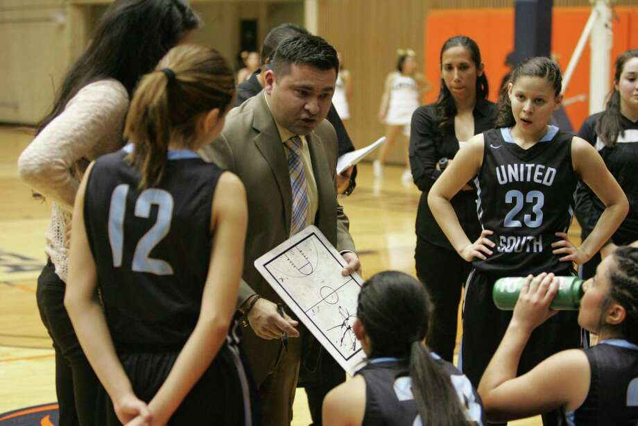 United South head coach Robert Burrier stepped down this month from the girls' basketball team after 17 years of coaching and will take a position as the school's assistant principal. Photo: Clara Sandoval / Laredo Morning Times File