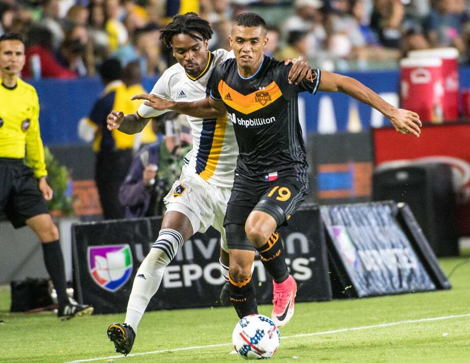 CARSON, CA - JUNE 17: Bradford Jamieson IV #38 of Los Angeles Galaxy battles Mauro Manotas #19 of Houston Dynamo during the Los Angeles Galaxy's MLS match against Houston Dynamo at the StubHub Center on June 17, 2017 in Carson, California.  The match ended in a 2-2 draw. (Photo by Shaun Clark/Getty Images) Photo: Shaun Clark/Getty Images