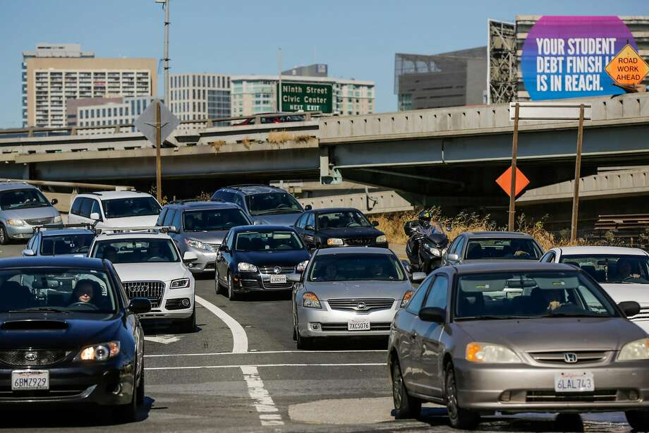 Drivers exit Highway 101 at Fourth and Bryant streets in San Francisco after the eastbound lanes of the Bay Bridge were closed for about five hours after a police-involved shooting early Sunday morning. Photo: Gabrielle Lurie, The Chronicle