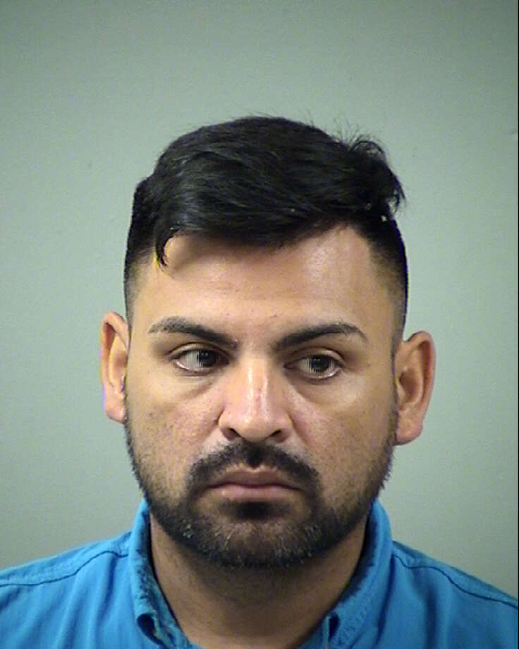 Cesar Rosa, 37, faces a felony charge of burglary with an intent to commit assault. Photo: Courtesy, Bexar County Sheriff's Office