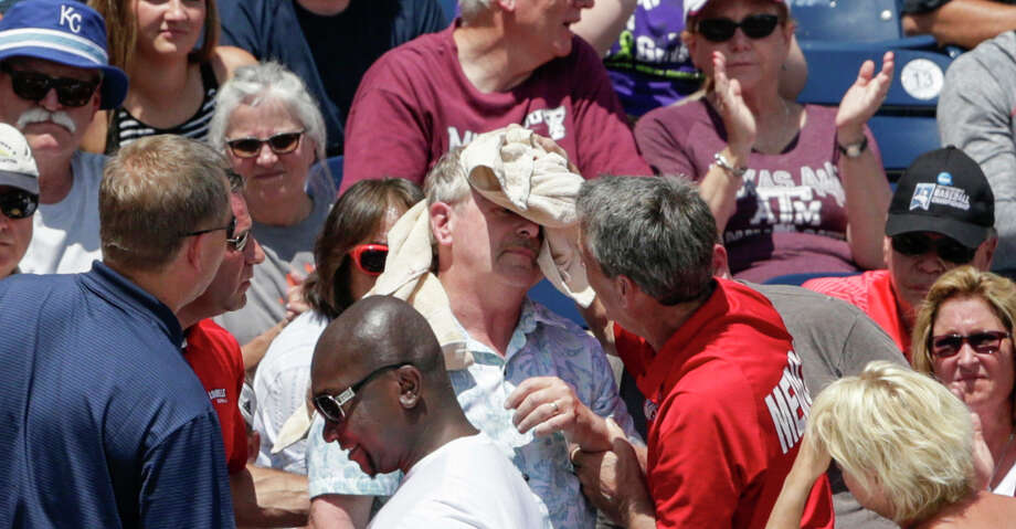 Texas A&M begins College World Series with loss to Louisville