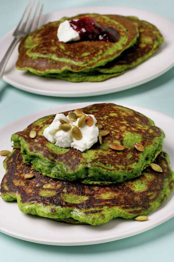 Green Pancakes. Photo: Photo By Deb Lindsey For The Washington Post. / For The Washington Post