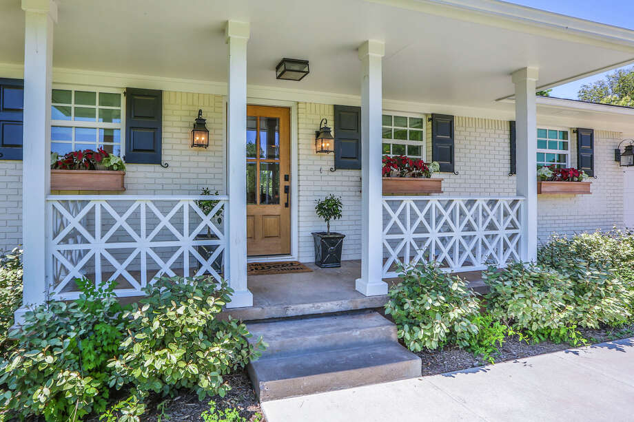 A former Fixer Upper home complete with Chip and Joanna Gaines' designs is on the market for $290,000, according to Magnolia Realty agent Jake Russell.Keep going for a look inside and outside the home.  Photo: Brent Eckley