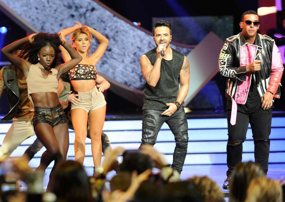 Luis Fonsi and Daddy Yankee perform onstage at the Billboard Latin Music Awards at Watsco Center on April 27, 2017 in Coral Gables, Florida. Photo: Sergi Alexander/Getty Images