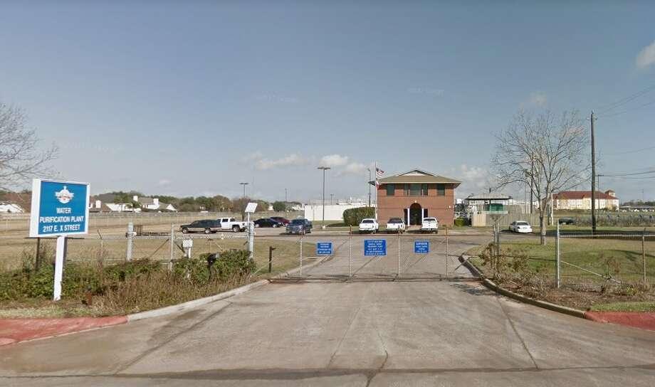 Deer Park's water treatment plant Photo: Google Earth