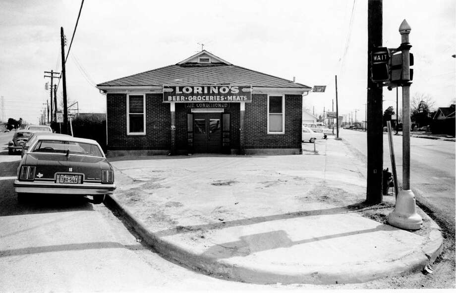 Lorino's, at Telephone Road and Lawndale, started in 1925 like most grocery stores of its era: As a small, family-owned business. After Prohibition, the owners added a bar. Photo: Fred Bunch, Houston Chronicle / Houston Post files