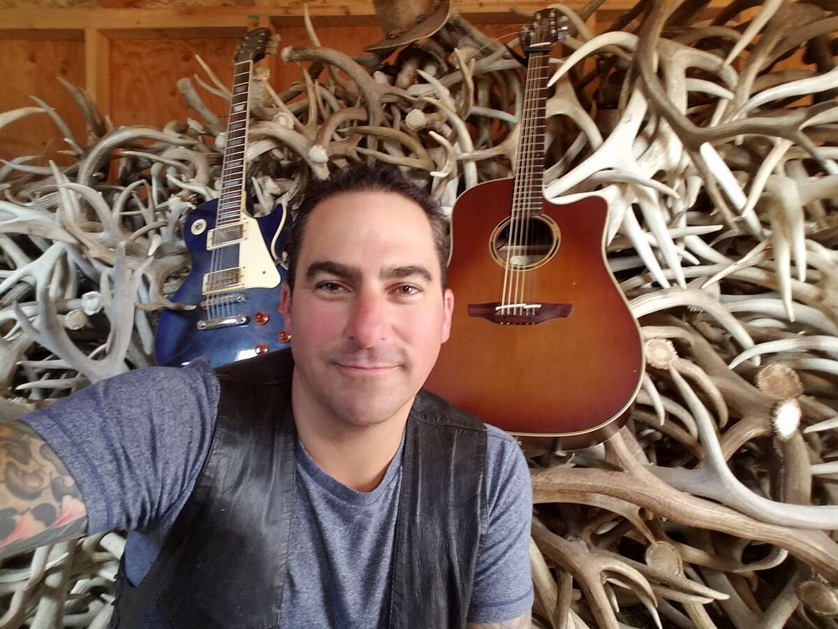 Jeff Waschbusch breaks world record by playing guitar nonstop for 114 hours. >>Check out theseTop 20 paid rodeo concert attendance records...