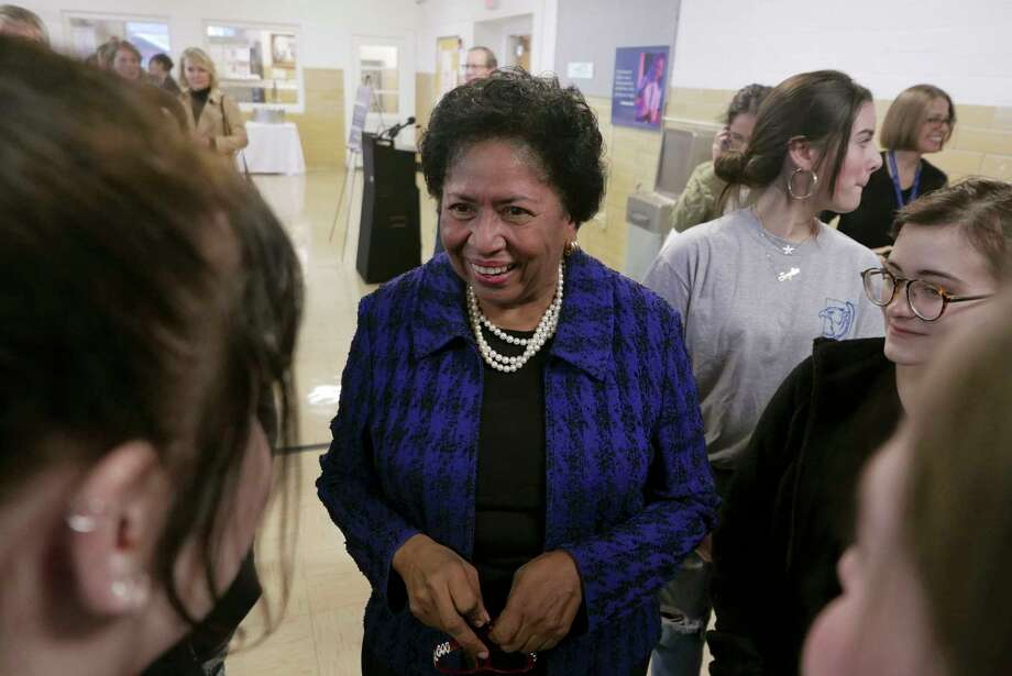 Dr. Ruth Simmons brings her experience as president of Smith College and Brown University.Click through to see the top-paid college executives in Texas. Photo: Billy Calzada, Staff / San Antonio Express-News