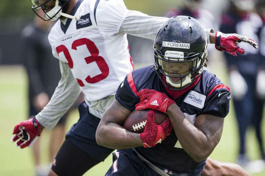 """Former University of Texas star D'Onta Foreman is listed at 233 points after playing last season at 249. """"That's one of the things I want to do is try to tighten up a little bit more,"""" he said. Photo: Brett Coomer / Houston Chronicle / © 2017 Houston Chronicle"""