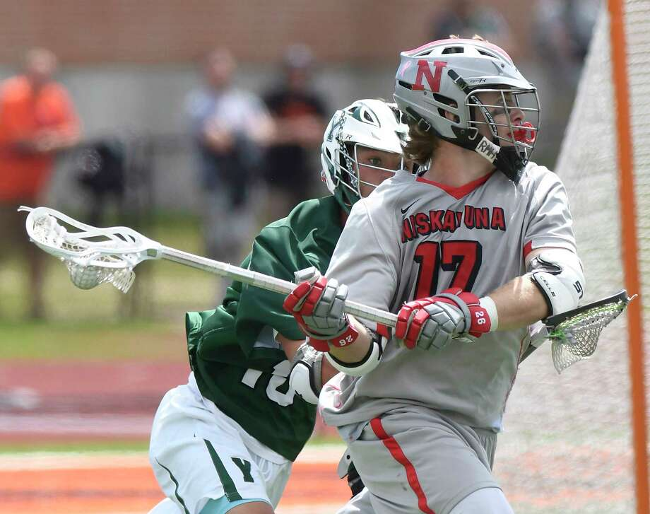 Niskayuna's Lucas Quinn (17) scores against Yorktown during a Regional Class B boys high school lacrosse game in Rotterdam, N.Y., Saturday, June 3, 2017. Yorktown won 12-11. (Hans Pennink / Special to the Times Union) ORG XMIT: HP120 Photo: Hans Pennink / 40040660A