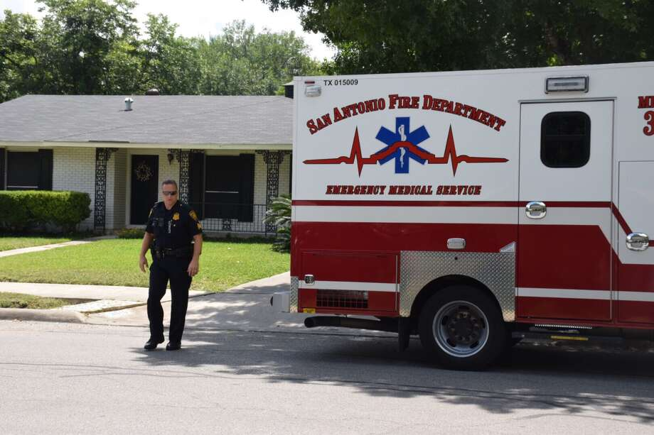 A 90-year-old man drowned Tuesday, June 20, 2017, after he fell into a swimming pool in his backyard. Photo: Caleb Downs / San Antonio Express-News