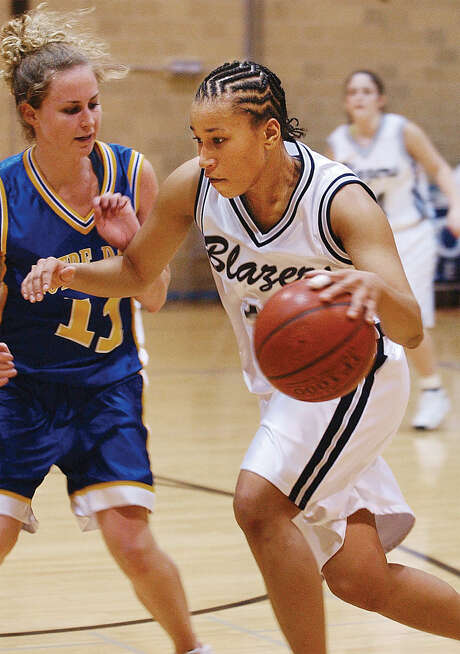 This 2003 photo shows Griner during a college basketball game. Photo: Associated Press / The Frederick News-Post