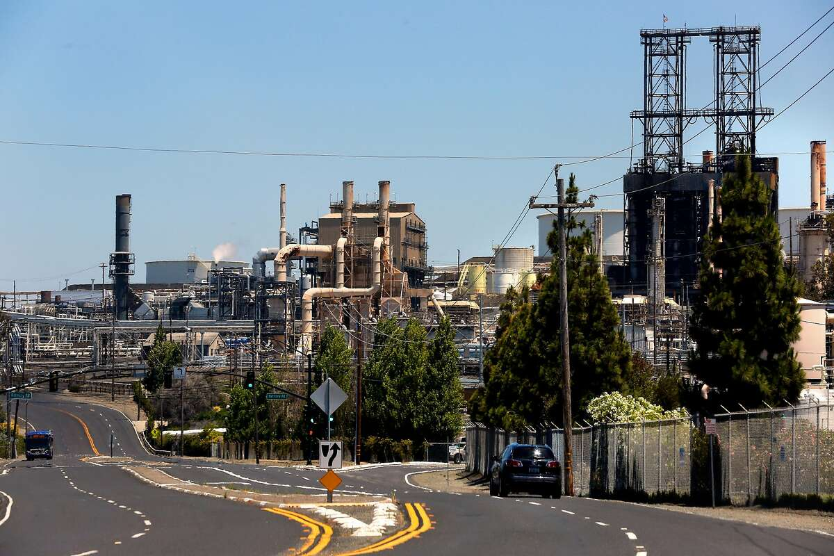 The Phillips 66 refinery in Rodeo Ca., as seen on Tuesday June 20, 2017. The Bay Area Air Quality Management District on Wednesday is expected to approve the nation's first limits on greenhouse gas emissions from oil refineries.