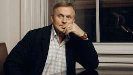 "John Grisham's latest novel, ""Camino Island,"" is a literary caper."