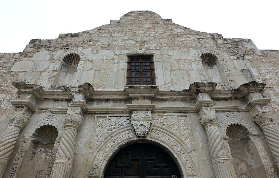Admission to the church and the grounds of the Alamo is always free. Photo: Kin Man Hui /San Antonio Express-News / © 2012 San Antonio Express-News