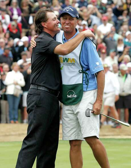 """The familiar pairing of Phil Mickelson and caddie Jim """"Bones"""" Mackay is ending after 25 years. Photo: Matt York, STF / Copyright 2017 The Associated Press. All rights reserved."""