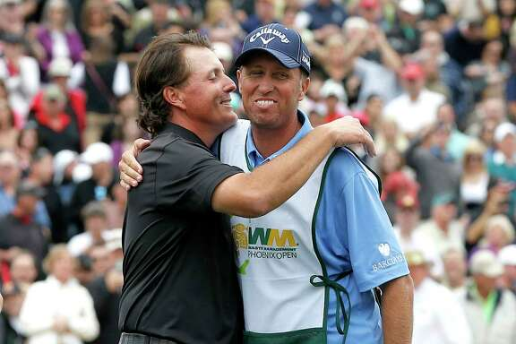 "The familiar pairing of Phil Mickelson and caddie Jim ""Bones"" Mackay is ending after 25 years."