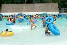 Little Cedar Bayou Wave Pool  600 Little Cedar Bayou Drive, La Porte Entry to the pool costs $3 for residents and $5 for non-residents. Outside food and drinks are allowed.
