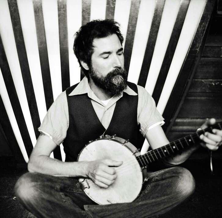 image of singer-songwriter Matt the Electrician