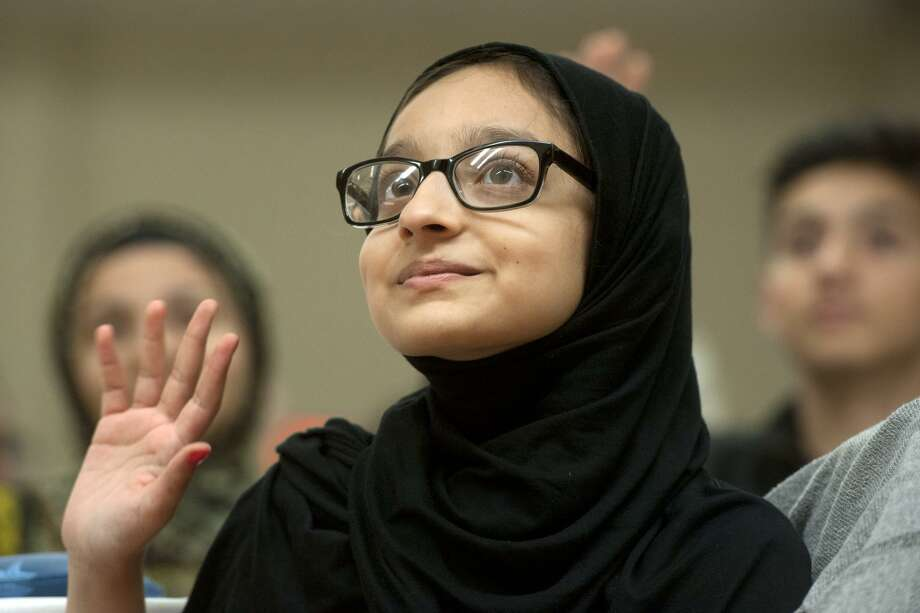 Aleena Seyal attends the Community Interfaith Iftar, marking the end of Ramadan, at the Bridgeport Islamic Community Center, in Bridgeport, Conn. July 21, 2017. Photo: Ned Gerard / Hearst Connecticut Media / Connecticut Post