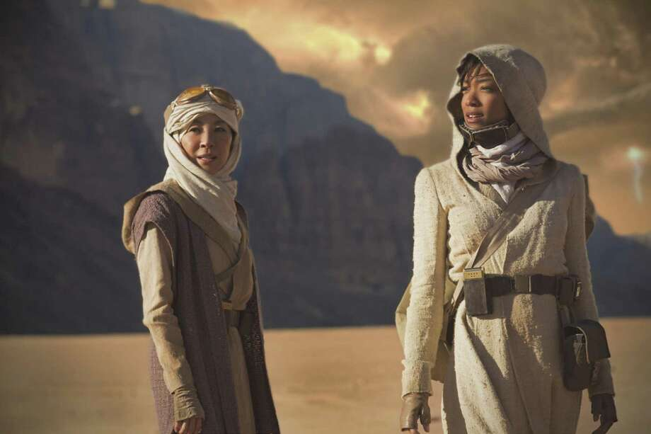 Michelle Yeoh and Sonequa Martin-Green, Star Trek: Discovery | Photo Credits: Dalia Naber, CBS / © 2017 CBS Interactive. All Rights Reserved.