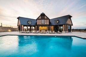 A remarkably-extravagant private ranch in Sulphur Bluff, Texas is on the market. It sits on over 1,000 acres of Texas countryside with plenty of luxury amenities, including a pool, hunting lodge, 5,000-foot jet landing strip and much more.