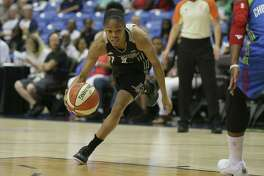 Stars guard Moriah Jefferson drives during the first half against the Dallas Wings in Arlington on June 21, 2017.