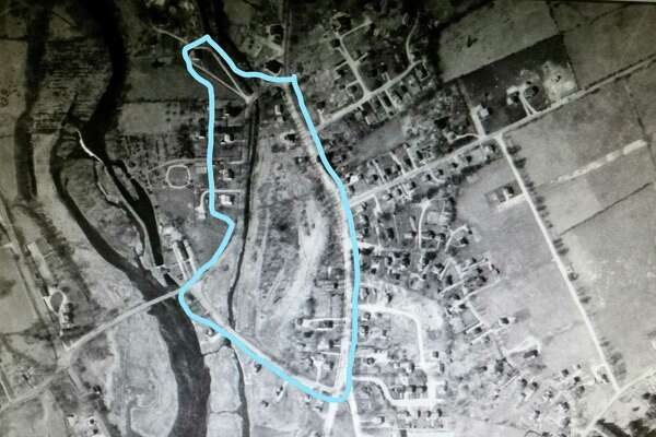 An overhead view, circa 1934, of the proposed Lees Canal National Register District.