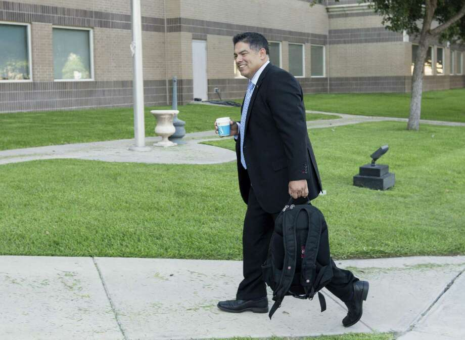 Newly elected District 8 councilman Manny Pelaez enters the federal courthouse in Del Rio Thursday, June 22, 2016 as he prepares to testify in the federal  bribery, wire fraud and conspiracy trial against former Crystal City manager/attorney James Jonas III and former mayor Ricardo Lopez. Photo: William Luther, Staff / San Antonio Express-News / © 2017 San Antonio Express-News