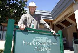 "Frank ""Sandy"" Tatum visits the clubhouse named after him at San Francisco's Harding Park in 2005."