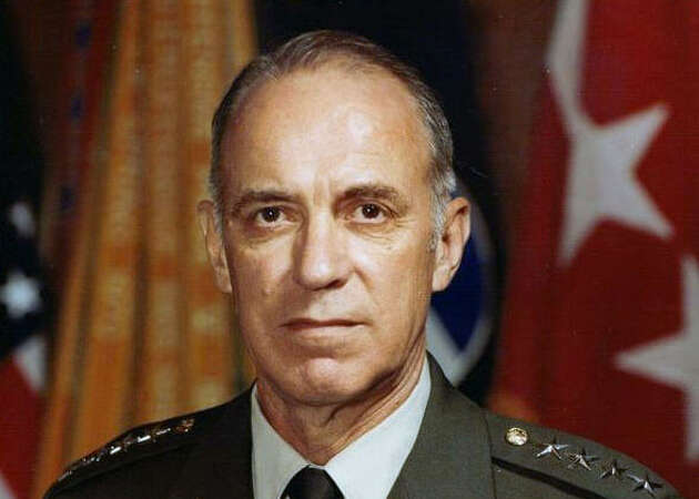 Former Fort Hood commander dies at 93