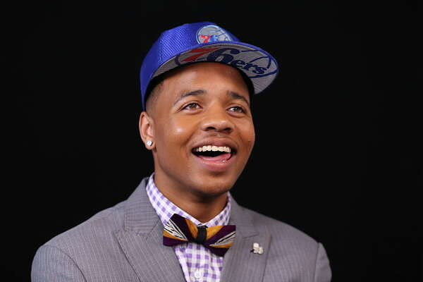 BROOKLYN, NY - JUNE 22:  Markelle Fultz selected number one overall by the Philadelphia 76ers talks with the media at the 2017 NBA Draft on June 22, 2017 at Barclays Center in Brooklyn, New York. NOTE TO USER: User expressly acknowledges and agrees that, by downloading and or using this photograph, User is consenting to the terms and conditions of the Getty Images License Agreement. Mandatory Copyright Notice: Copyright 2017 NBAE (Photo by Michael J. Lebrecht II /NBAE via Getty Images)