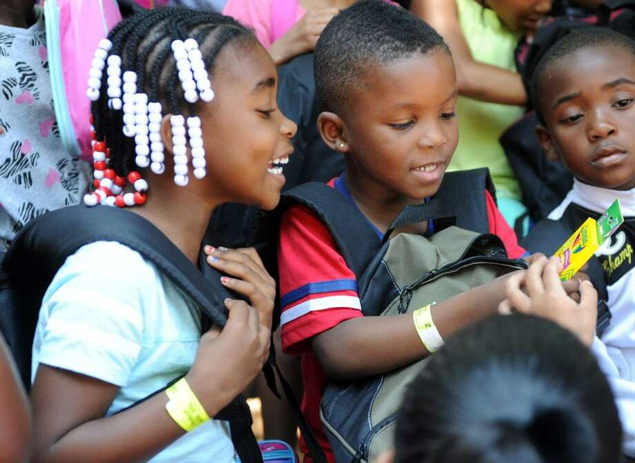 The first 500 kids at the Beardsley Zoo on Friday will receive a free backpack courtesy of the CT Open. Find out more. Photo: Autumn Driscoll / Hearst Connecticut Media / Connecticut Post