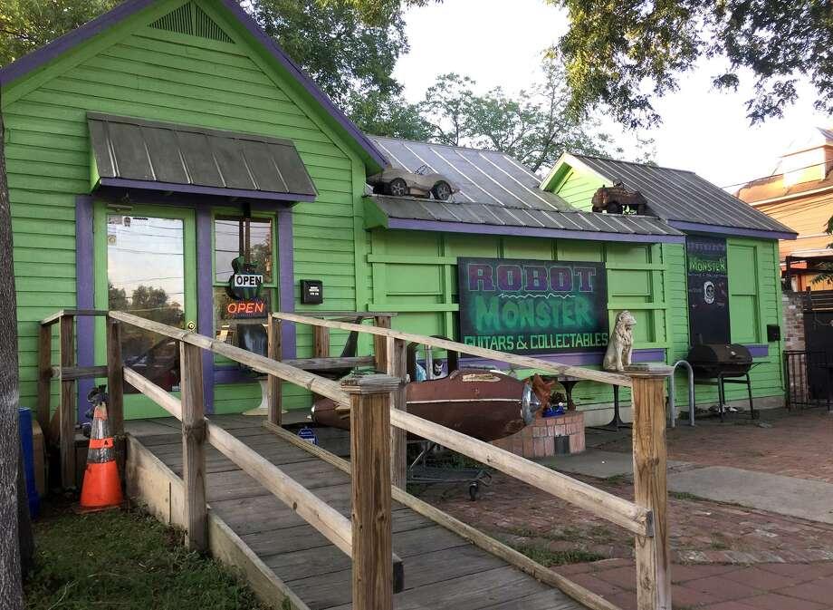 San Antonio Late Night Nosh Spot Crossroads Kitchen Hits