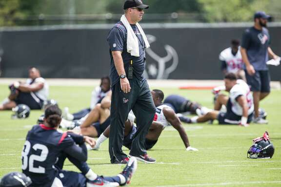 Houston Texans head coach Bill O'Brien walks across the field during OTAs at The Methodist Training Center on Wednesday, May 31, 2017, in Houston. ( Brett Coomer / Houston Chronicle )
