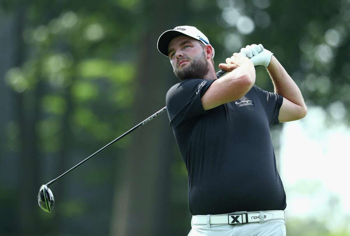 CROMWELL, CT - JUNE 23: Marc Leishman of Australia plays his shot from the 18th tee during the second round of the Travelers Championship at TPC River Highlands on June 23, 2017 in Cromwell, Connecticut. (Photo by Maddie Meyer/Getty Images)