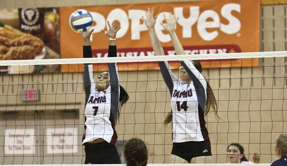 Megan Unrath, right, is one of two Dustdevils returning this year. TAMIU was tabbed to finish seventh in the preseason Heartland Conference poll. Photo: Victor Strife /Laredo Morning Times File