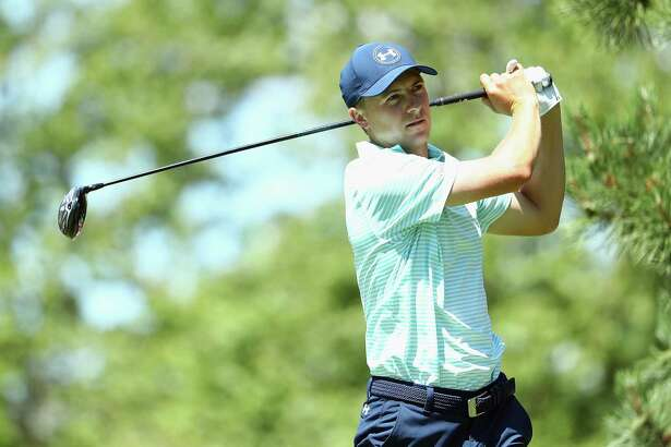 CROMWELL, CT - JUNE 24:  Jordan Spieth of the United States plays his shot from the sixth tee during the third round of the Travelers Championship at TPC River Highlands on June 24, 2017 in Cromwell, Connecticut.  (Photo by Maddie Meyer/Getty Images)